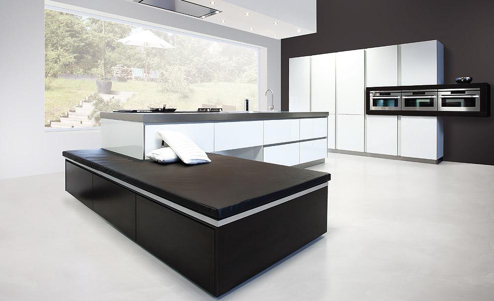 wohnk chen einbauk chen aus deutschland nach mallorca liefern. Black Bedroom Furniture Sets. Home Design Ideas